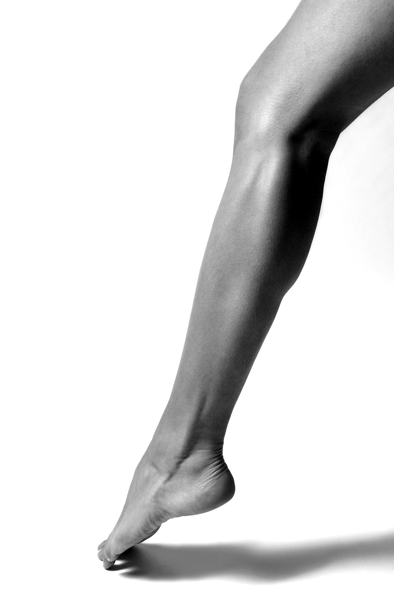 Bild som föreställer ben och fot